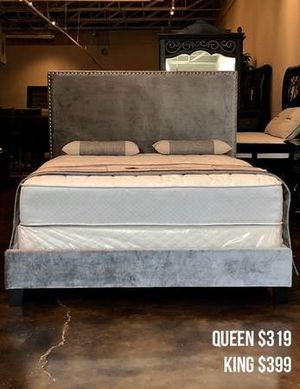 Queen Gray Velvet Bed with Mattress Free Delivery for Sale in Dallas, TX