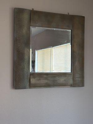 Wall mirror decor (heavy) for Sale in Orlando, FL