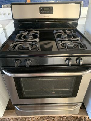Frigidaire Stainless Gas Stone for Sale in Lakeside, CA