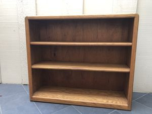 Solid oak bookcase for Sale in Mountain View, CA
