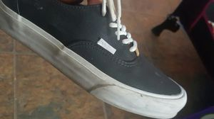 Size 8 women's. 6.5 men's vans for Sale in Las Vegas, NV