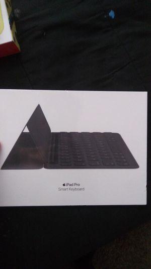 NEW Apple iPad pro 10.5 keyboard NEW for Sale in Riverside, CA