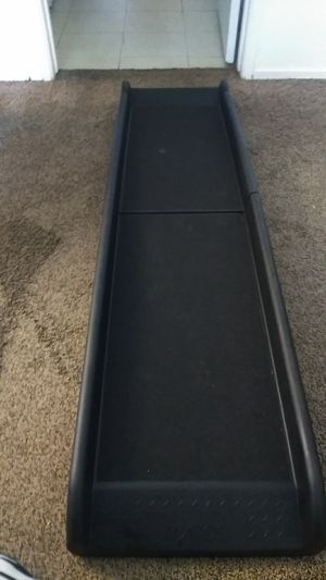Solvit bi-fold lite weight pet ramp for Sale in Modesto, CA