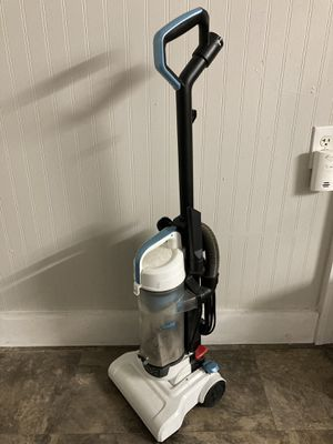 Black Decker Vacuum BDLCE101 for Sale in Lowell, MA
