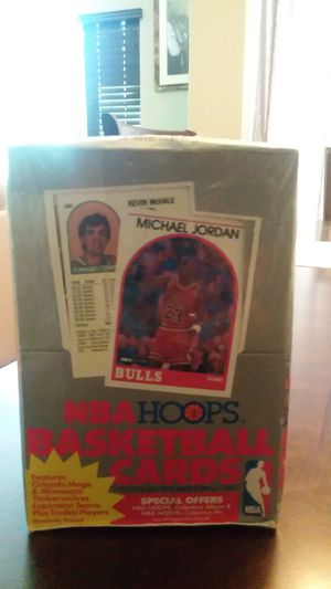 Hoops basketball was box for Sale in Fresno, CA