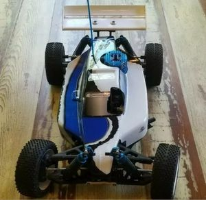 RC car Sportwerks/Turmoil Pro Nitro 1/8 Scale Buggy very good conditions for Sale in Hialeah, FL
