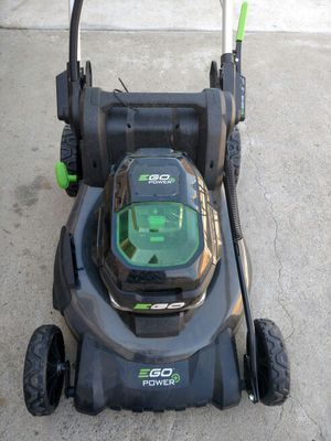 Ego Power Pro lawn mower for parts no battery for Sale in Clovis, CA
