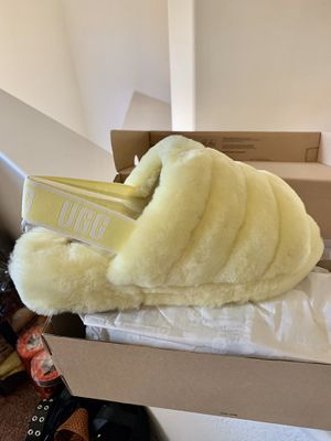 Ugg Fluff Yeah Slide Slippers (Neon) for Sale in Sacramento, CA
