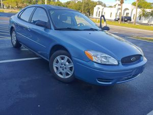 2005 FORD TAURUS SE AUTOMATIC for Sale in Sarasota, FL