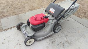 Honda HRB 215 lawn mower for Sale in Colorado Springs, CO
