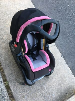 Car seat for Sale in Reading, PA