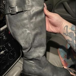 7.5 Women's Boots for Sale in Keizer, OR