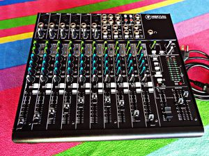 Mackie 1402VLZ4 14-Channel Premium Compact Mic/Line Mixer (2017 model ), Excellent.. for Sale in West Los Angeles, CA