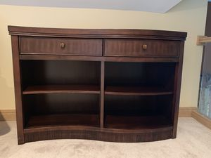 Brown wood dresser storage drawers table like new for Sale in Dublin, OH