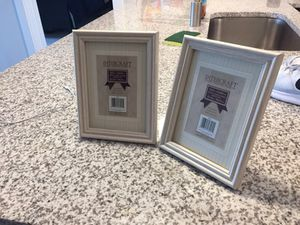 5x7 picture frames set for Sale in Tampa, FL