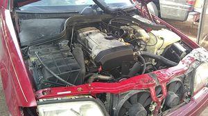 Mercedes-benz 98 todas Las partes $15-20 for Sale in Las Vegas, NV