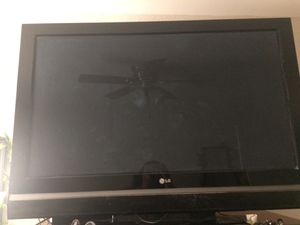 Nice 40inch screen LG screen tv $100 for Sale in Tempe, AZ