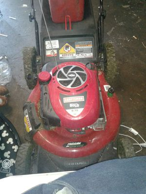 Craft/man.gold lawn mower for Sale in Cleveland, OH