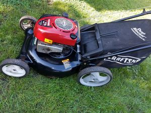 Lawn mower Craftsman for Sale in Bensenville, IL
