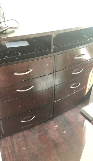 Dresser for Sale in Perris, CA