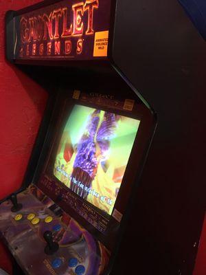 Arcade game Gauntlet for Sale in Pembroke Pines, FL