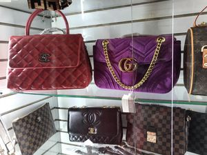 Deluxe Handbags & Scarf Bags for Sale in College Park, GA