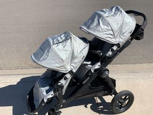 Silver City Select Double Stroller w/accessories for Sale in Chandler, AZ