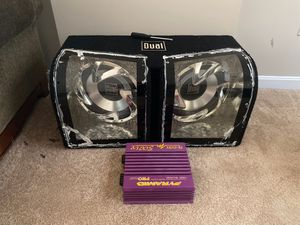 2 12s wit amp 500 watts for Sale in Columbus, OH