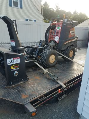 Ditch Witch R300 mini skid steer snowblower for Sale in Chelmsford, MA