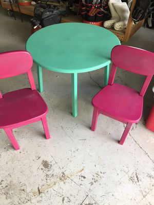 Kids sparkling table and chairs for Sale in West Palm Beach, FL