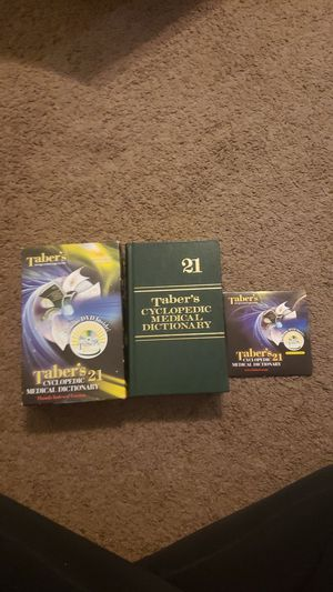 Medical terminology book and cd for Sale in Tampa, FL