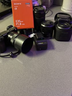 Sony A6000 Bundle (35, 50 1.8) for Sale in San Diego,  CA
