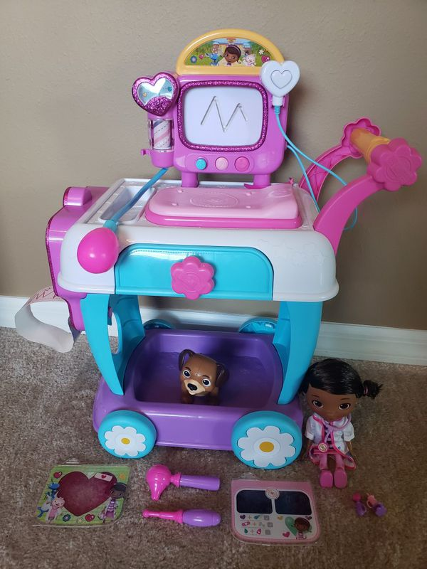 Doc Mc Stuffins hospital cart with accessories