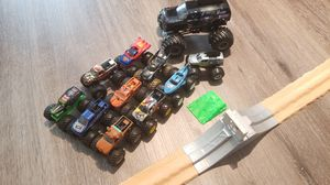 Monster jam trucks truck collection with ramp for Sale in Seminole, FL