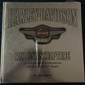 HARLEY-DAVIDSON ROLLING SCULPTURE FIRST 95 YEARS BOOK MOTORCYCLES MITCHELL 1998 for Sale in Miami, FL