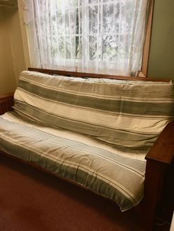 Futon for Sale in Clackamas,  OR