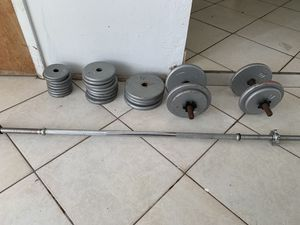 Dumbbell and barbell weight set for Sale in Oakland Park, FL