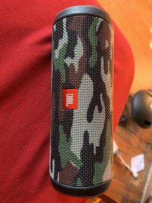 Jbl flip 4 Bluetooth speaker very loud for Sale in Philadelphia, PA