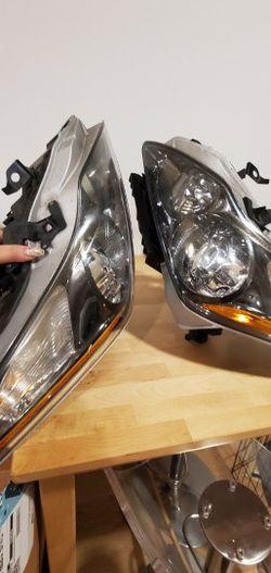 2011 Infiniti G37xS OEM Headlights for Sale in Bellevue,  WA