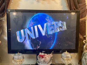 Tv 50 inches Lg flat screen for Sale in Grand Prairie, TX