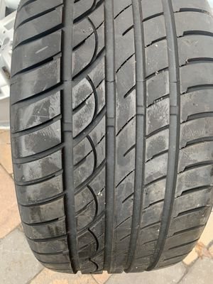 255 35 18 Velozza 1 tire for Sale in Manassas, VA