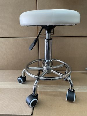 Small stool white for Sale in Las Vegas, NV