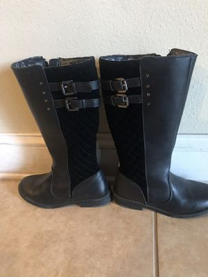 Boots - girls size 2 for Sale in Ocala, FL