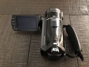 SONY CAMERA WITH QUICK CHARGE STAND for Sale in Roseville, CA