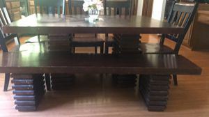 Kitchen tables with 5 chairs and benches for Sale in North Olmsted, OH