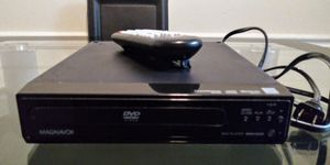 DVD With Remote for Sale in Kissimmee, FL
