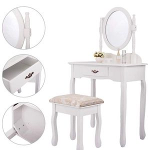 A197- Jaxpety vanity set for Sale in Los Angeles, CA