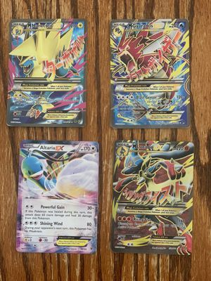 Manectric, Gyarados, Lucario & Altaria Pokémon cards for Sale in Whittier, CA