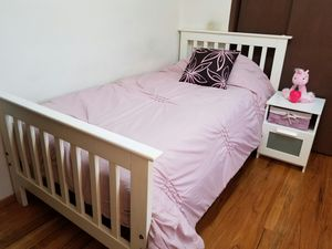 Nice Twin Bed Frame for Sale in Bellevue, WA