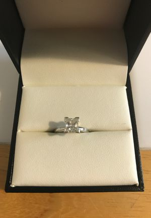 Diamond engagement ring for Sale in Gainesville, GA